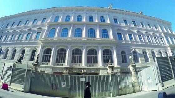 La sede dei Servizi all'Esquilino: 100 milioni di euro sospesi (e le questioni di sicurezza?)