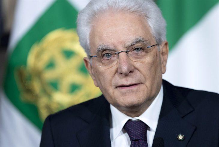 Lettera aperta al Presidente della Repubblica. Appello al Presidente Mattarella affinché richiami tutti al rispetto del Tricolore nazionale (di Giuseppe PALMA)