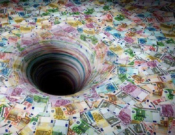 OPSSS… C'è un buco nel bilancio, da coprire in 2 mesi….