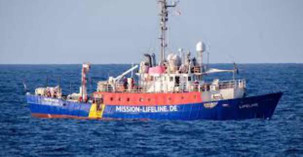 Il Parlamento Europeo respinge la delibera sui porti aperti