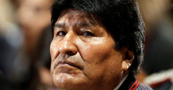 RIVOLUZIONE IN BOLIVIA. La polizia si ribella ad Evo Morales. Situazione fluida e di caos