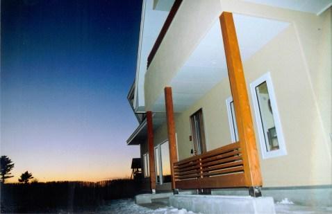 夕時の玄関付近