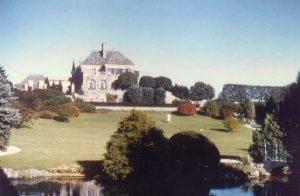 Graydon Hall Manor gardens