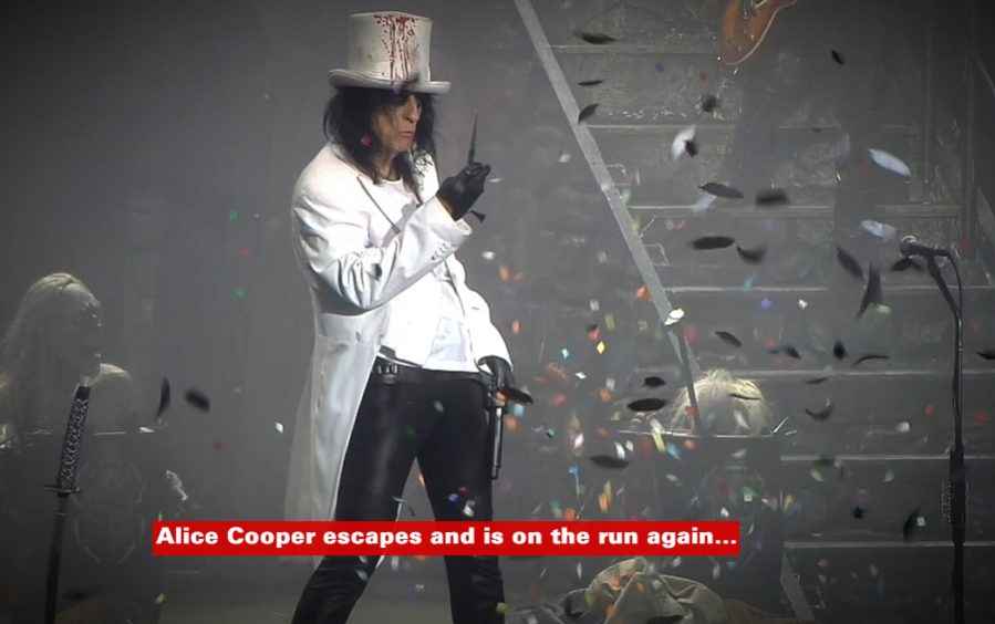 Alice Cooper: pic by Ian Bourn for Scene Sussex