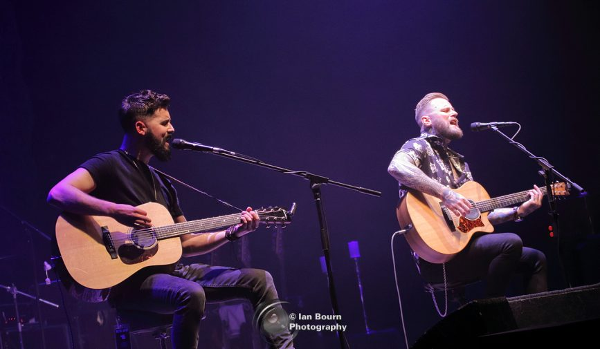 Kris Barras Duo: photo by Ian Bourn for Scene Sussex