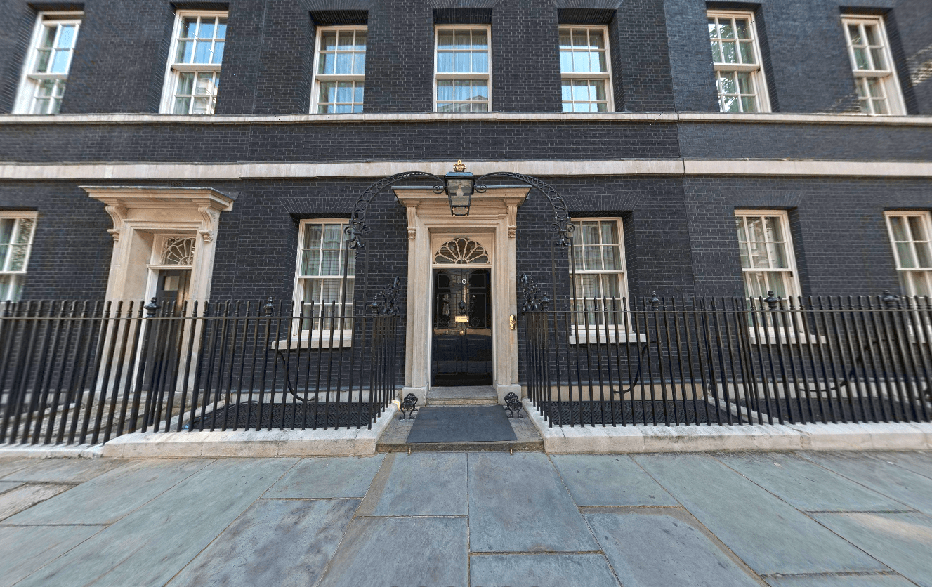 10 Downing Street - Scene Therapy