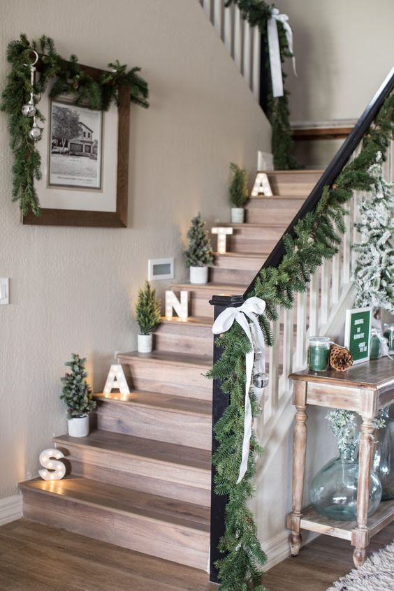 Easy Christmas Decor Ideas Stairs Scene Therapy
