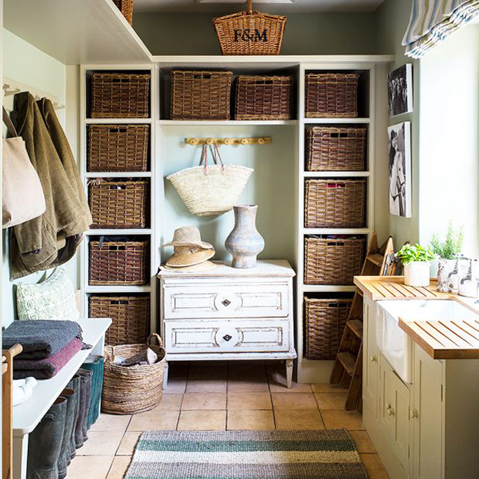 cottage boot room