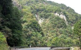 香落渓道路