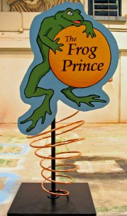 frog prince, pigs-1