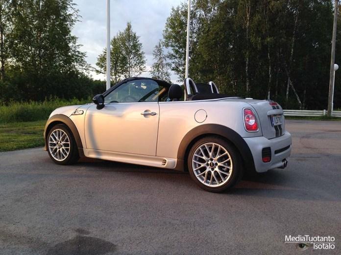 Mini Roadster side