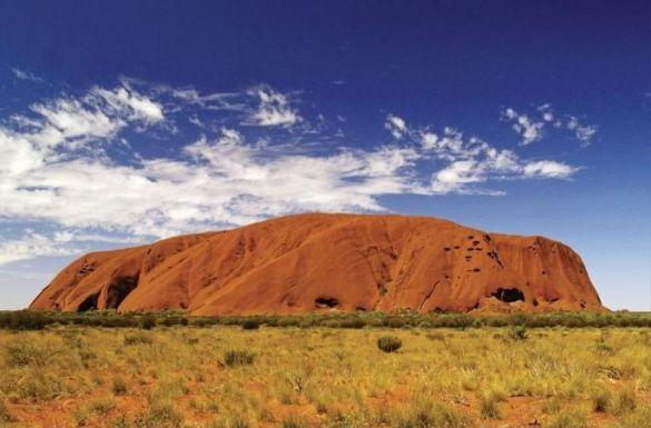 126. Uluru 2 900