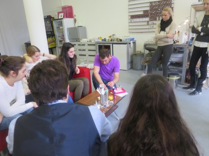 Perfume studion, teaching smell culture