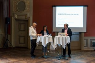 Christophe Laudamiel, Nada Endrissat & Claus Noppeney opening the discussion