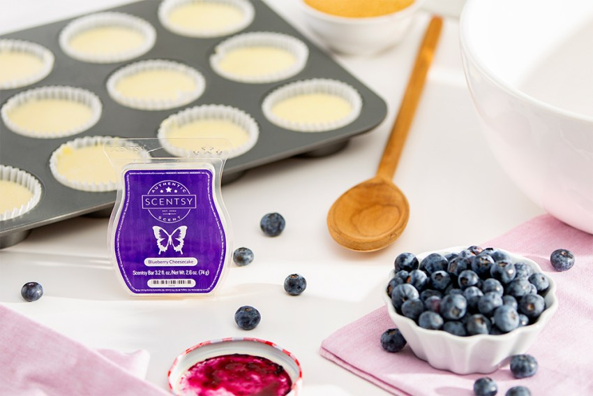 Blueberry cheesecake ingredients aside Scenty's blueberry cheesecake wax bar