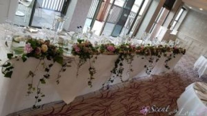 Ivy Top Table
