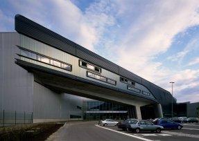 BMW Center, Leipzig, Zaha Hadid, 2005