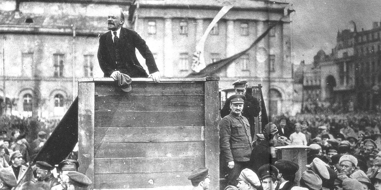 Lenin and Trotsky address the Petrograd crowds