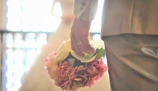 アラフィフの結婚式でウェディングドレスはOK?