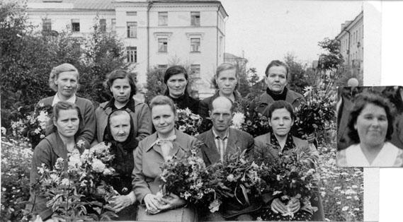 Первые учителя школы