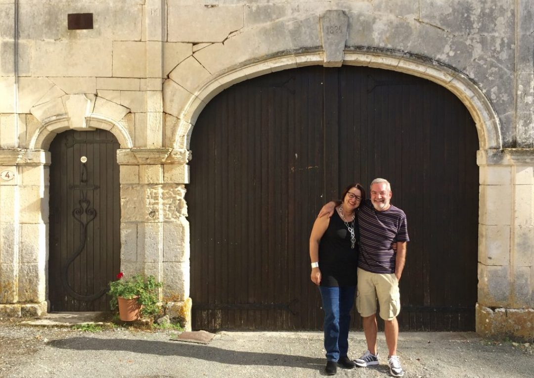 Gretel & Daan's front gate. Note the date: 1825.