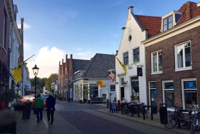 Muiden street scene.
