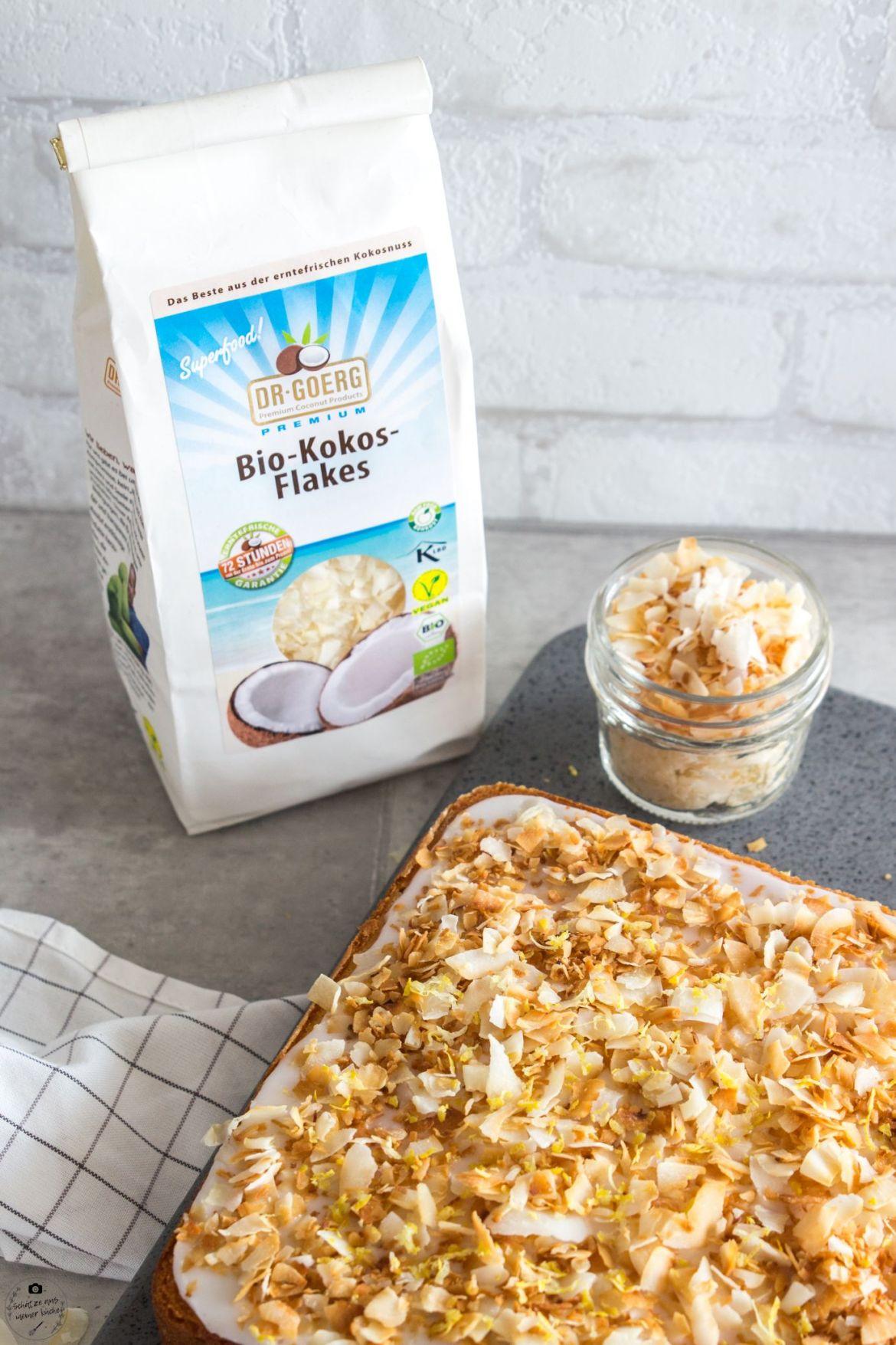 Fluffiger Kokos-Zitronenkuchen vom Blech Dr. Goerg Kokosflakes