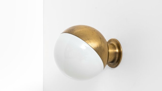 Vilhelm Lauritzen wall lamps model Studio at Studio Schalling