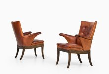 Frits Henningsen easy chairs at Studio Schalling