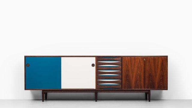 Arne Vodder sideboard model 29A by Sibast at Studio Schalling