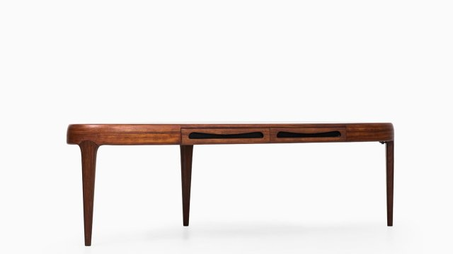 Johannes Andersen Capri coffee table in rosewood at Studio Schalling
