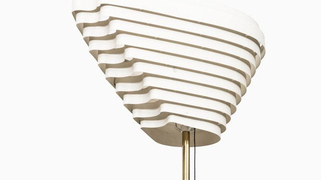 Alvar Aalto angel wing floor lamp