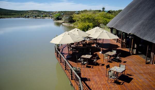 Buffelsdrift Game Lodge Accommodation in Oudtshoorn Restaurant Deck - Traumhafte Kapregion