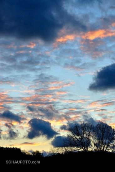 Herbstwolkenabend