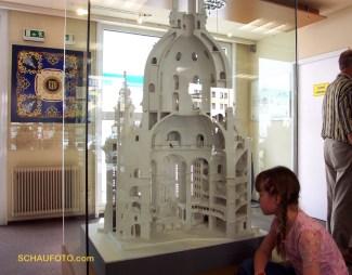 2001 - in der Begleitausstellung beim Wiederaufbau