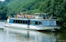 In den 1980ern: Der wahrscheinlich sinnvollste Dampfer, der jemals zwischen Weißenfels und Naumburg unterwegs war.