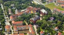 Die Bergschulen im Luftbild von 2013.