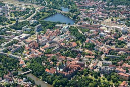 Die Merseburger Innenstadt zwischen Schloss und Gotthardteich.