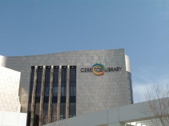 New-Cerritos-Library-e1383340212619