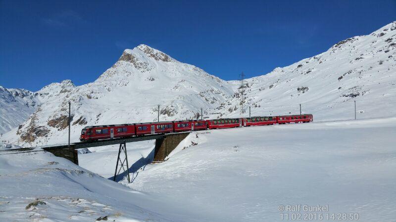 """Schneeschuhtour """"Bernina Diavolezza – Ospizio Bernina"""""""