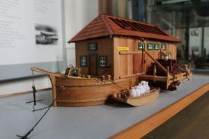 Rheinschiffsmühle als Modell