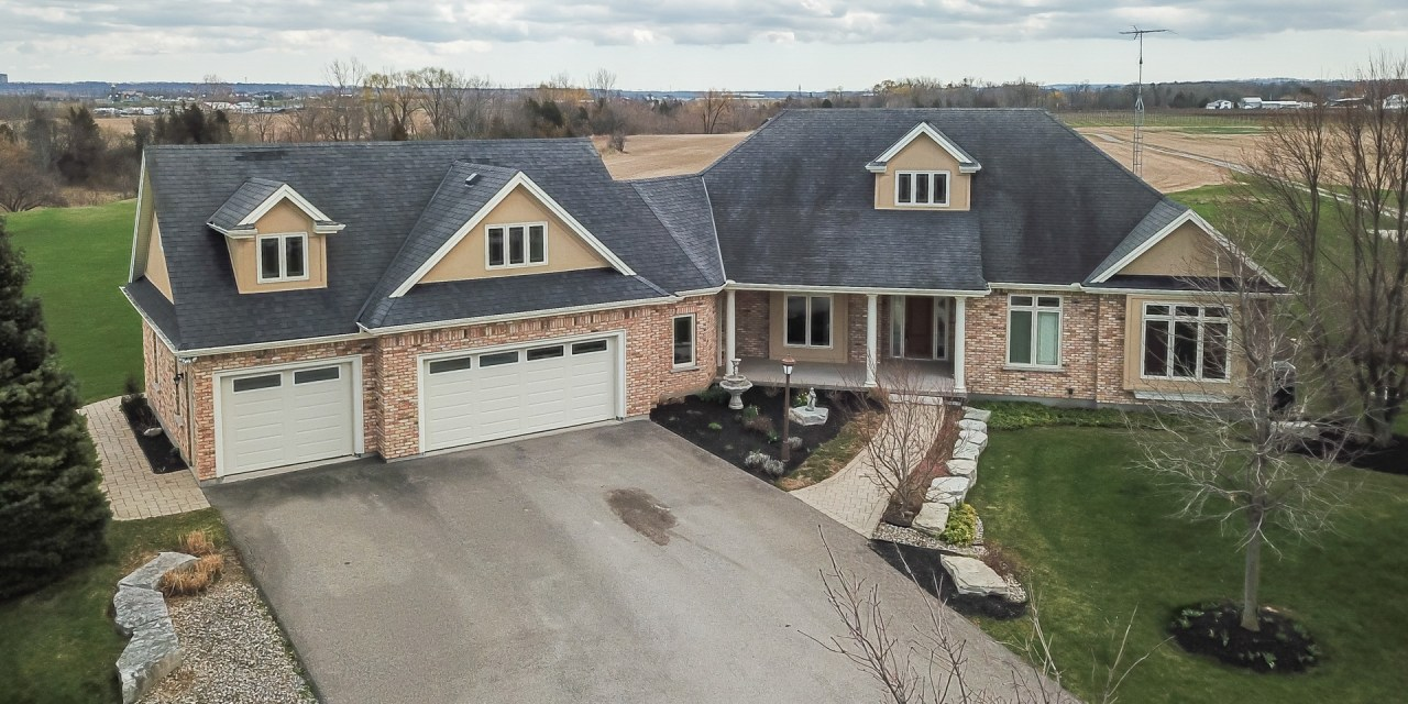 1466 Fourth Avenue, St. Catharines – SOLD