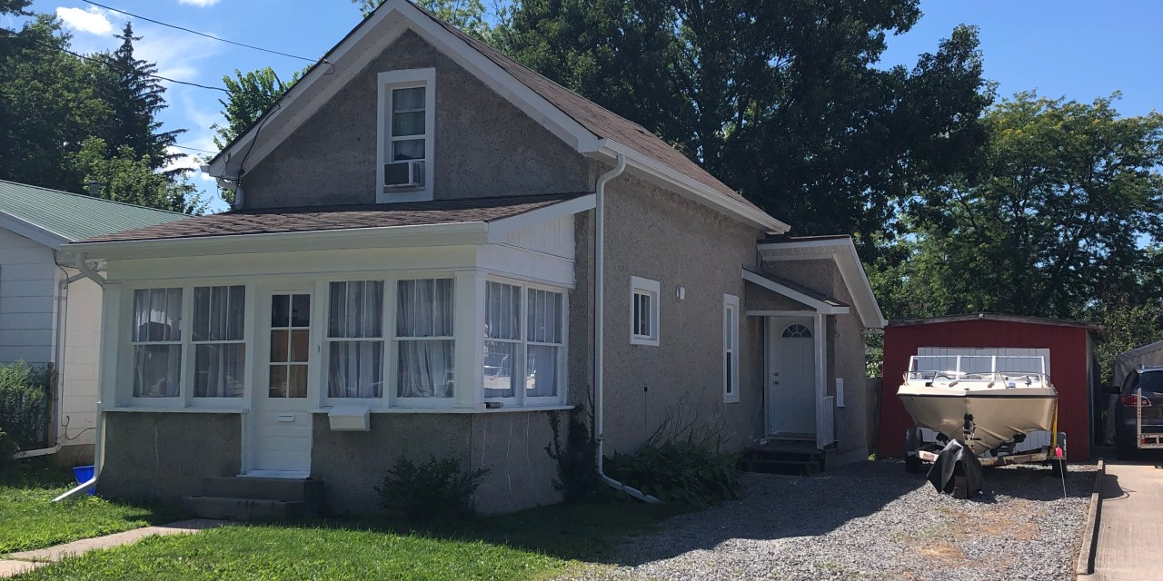 418 Ross Avenue, Dunnville – Coming Soon to Realtor!