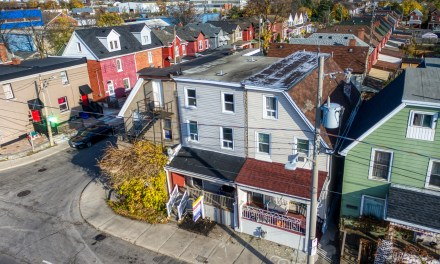 206 Sherman Avenue North – SOLD