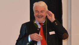 Rechtsanwalt Helmut Aschenbrenner - Bild: peridomus.de