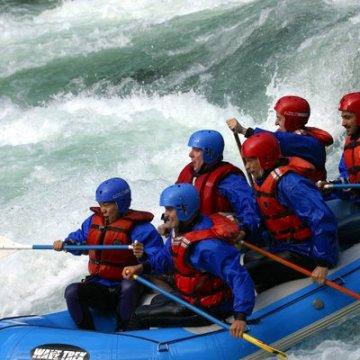 Erlebnisgutschein: Rafting - Halbtagestour in Bad Tölz | meventi Geschenkidee -