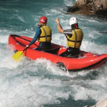 Erlebnisgutschein: Rafting - Tour im Rafting Schlauchboot oder Kanadier in Bad Tölz | meventi Geschenkidee -