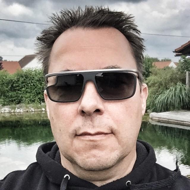 Google Glass Datenbrille ohne Technik