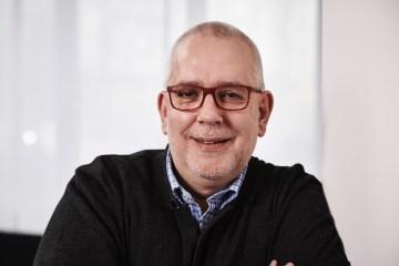 VOGELSÄNGER heuert Frank Michna an: Geschichten multimedial entwickeln und crossmedial teilbar machen