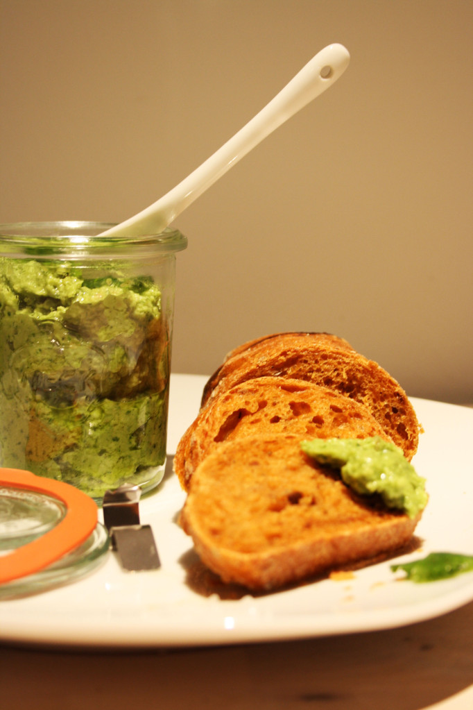 Halb Mexikaner, Halb Asiate – Und Lecker: Avocado-Koriander-Pesto